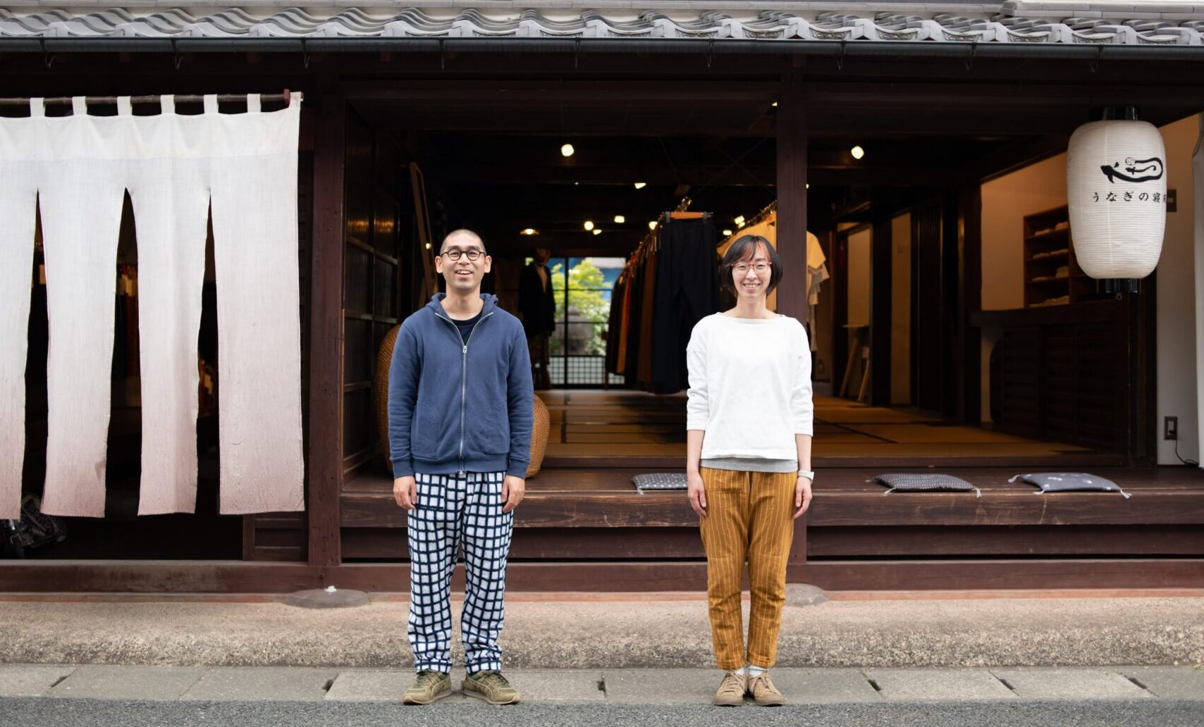 """Comfortable """"Jeans of Japan"""" MONPE Creates New Scenes in Everyday Life 